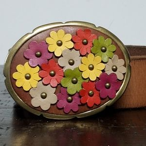 FOSSIL Leather Floral Applique Clasp Belt Unique
